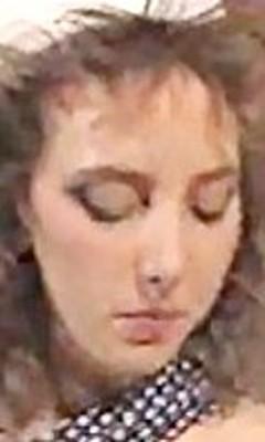 Arlette Leonide