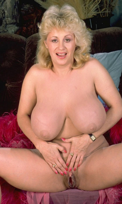 Watch streaming hairy old woman pussy video online