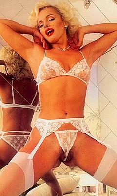 Фильм hot bodies 1983 порно онлайн