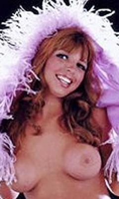 Рене лакроикс порно, грудастая блондинка нашла удовольствие в туалете