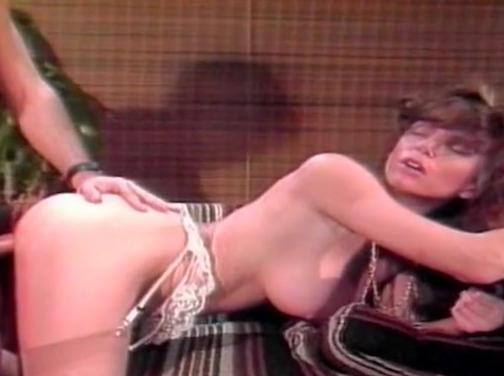 Natalie portman goya ghosts nude scenes