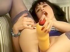 Sexy revealing milf