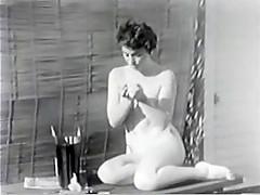Vintage Outdoor Nude MILF