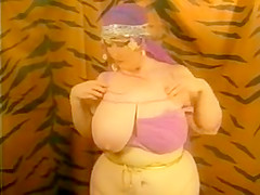 Nice Retro BBW Mature Stripping