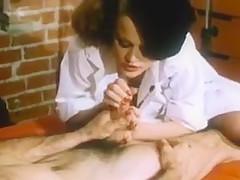 Retro Redhead Lisa Deleeuw - Sex Artiste'