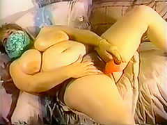 FAT FANNIES #07 (scene 4) (BBW Masturbate)