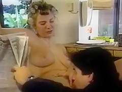 Classic Cunt In Curlers Gets Hubby's Attention