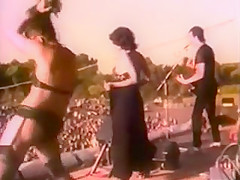 The Stranglers - Nice 'n' Sleazy (Live at Battersea Park)