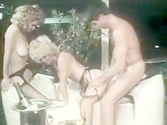Crazy threesome with two hot mature lesbians