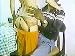 Peepshow Loops 230 70s and 80s - Scene 1