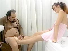 Cute daughter anal pounded by his chub bear daddy