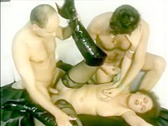 Bi MMF Slutwife Threesome