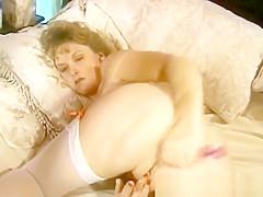 MILF Kendra Hairy Pussy Masturbation