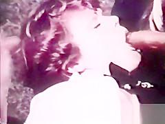 European Peepshow Loops 404 1970's - Scene 6