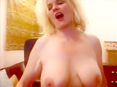 GRANNY PORN STAR CAMEL TOE BIG BOOBS SHOW