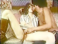 Peepshow Loops 246 70s and 80s - Scene 2