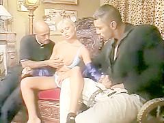 """Elisabeth Swiss Threesome Scene: """"Affari in Famiglia"""""""