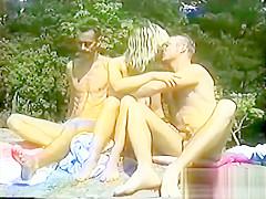 Strand Hugg - Scene 2