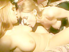 JULIA TAYLOR & ZARA WHITES LESBIANS