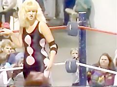 Alexa Starr vs. Brittany Brown Match 1