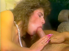 Babe Satisfies Two Cocks
