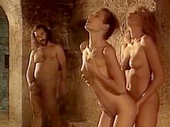 90s babe Draghixa Laurent - ten short scenes with plenty of cum