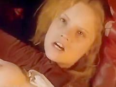 Jennifer Jason Leigh - 1985 Celebrity Hard Sex