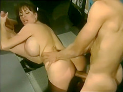 Heather Lee threesome in the locker room