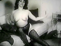 Vintage tease with stockings and fur