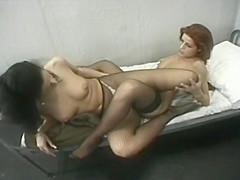 2 Lesbiennes en prison
