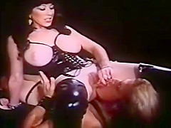 Annie Sprinkle fucks lucky dude with strapon