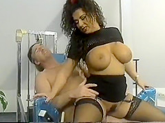 Gym training with Titziana aka Tiziana Redford aka. Gina Colany