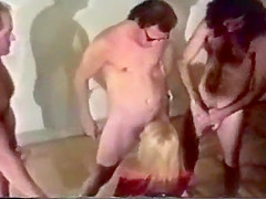 Blowbang in a retro orgy video - Vintage Porn