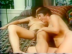 Sex toy for two ladies turned to orgasm