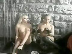 Smoking fetish Lesbians 098 retro lezdom kiss