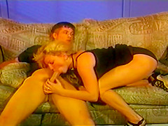 A Nice Vintage Fuck Scene With A Puffy Haired Blonde Chick