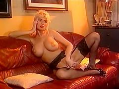 Carolyn Super Star