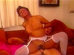 Angel Kelly vs Jeannie Pepper