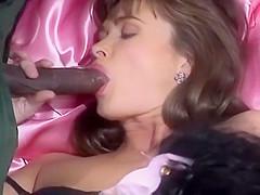 Лучшее порно сара янг подушки