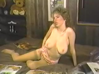 dolphin vores nude girl