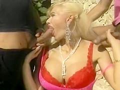 Fat lesbens having sex