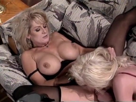 Cumshot into mouth