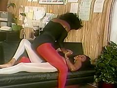 Lesbian She Fights