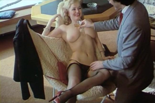 sexy lesbiennes zoenen en seks