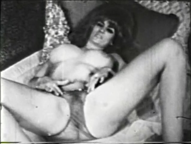 Great retro softcore milf girl OMG...mmm love