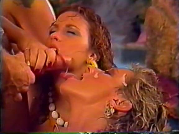 Schoolgirl lesben sext licking
