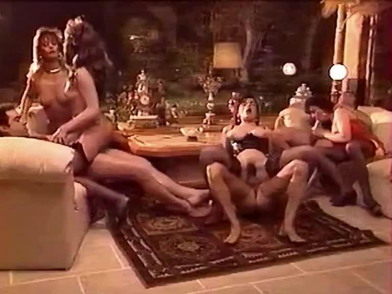 Melodie kiss centrine cheryl in classic porn site 2