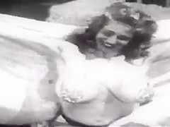 Classic Busty 50's Model Virginia Bell