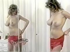 Debbie Quarrel changing