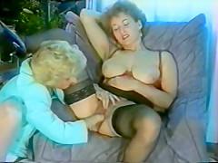 Horny Lesbian Fist